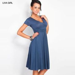 LIVA GIRL - Short-Sleeve V-Neck Dress