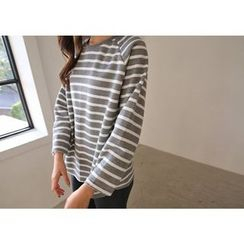 Hello sweety - Raglan-Sleeve Stripe T-Shirt