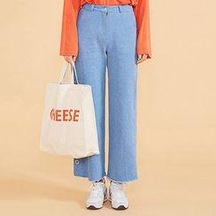 chuu - Snap-Button Trim Wide-Leg Jeans