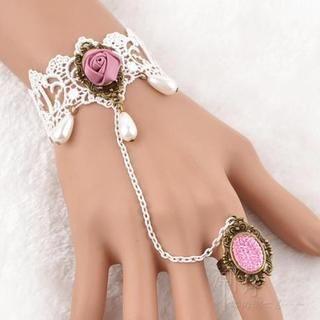 Trend Cool - Rose Accent Crochet Ring Bracelet