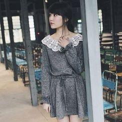 东京著衣 - 蕾丝领腰结带连衣裙