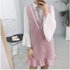 Moon City - 套裝: 飾褶喇叭袖雪紡襯衫 + 荷葉擺V領吊帶裙