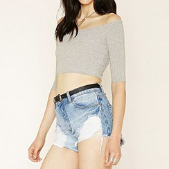 Richcoco - Ribbed Off Shoulder Elbow Sleeve Cropped Top