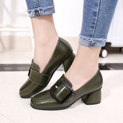 Wello - 飾扣粗跟樂福鞋