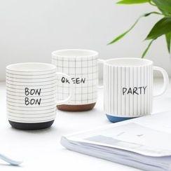 Modern Wife - Lettering Mug