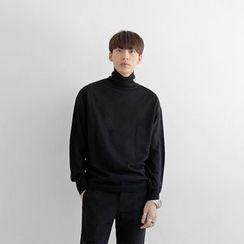 Seoul Homme - Plain Turtle-Neck Knit Top
