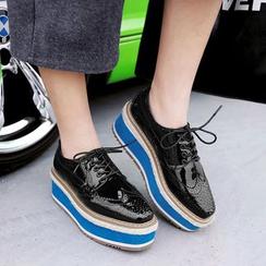 JY Shoes - Lace-Up Brogue Platform Shoes