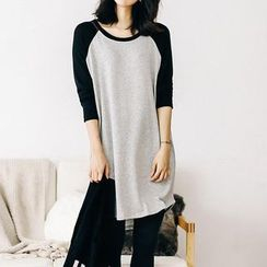 Champi - Color Block Long-Sleeve T-Shirt Dress