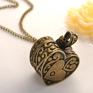 Fit-to-Kill - Love Box Necklace