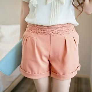 Tokyo Fashion - Lace-Trim Pleated Shorts