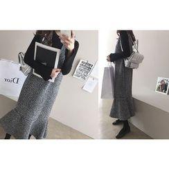 DAILY LOOK - Sleeveless Ruffle-Hem Pattern Dress