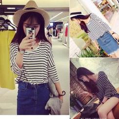 QZ Lady - Drop-Shoulder Striped T-Shirt