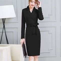 EFO - Long-Sleeve Notched-Lapel Dress
