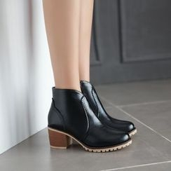 Shoes Galore - Brogue Ankle Boots