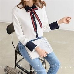 PEPER - Faux-Pearl Detail Color-Block Blouse with Sash