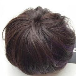 Pin Show - Highlighted Hair Bun