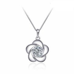 Italina - 925 Silver Swarovski Elements Crystal Flower Pendant Necklace