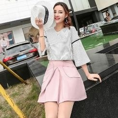 Romantica - Set: Elbow-Sleeve Striped Top + Pocket-Accent A-Line Skirt