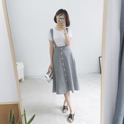 Eva Fashion - Set: Plain Short-Sleeve T-Shirt + Buttoned Midi Suspender Skirt