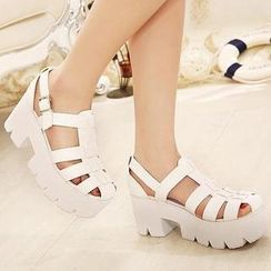 Mancienne - Cross-Strap Platform Sandals