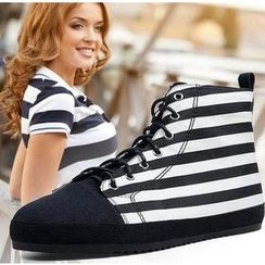 Hotmarzz - Stripe & Dotted Sneakers