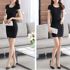 Caroe - Short-Sleeve Sheath Dress