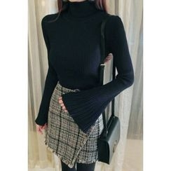 ATTYSTORY - Turtle-Neck Bell-Sleeve Knit Top