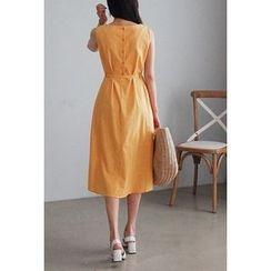 Cherryville - Sleeveless Button-Back A-Line Midi Dress with Sash