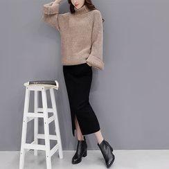 Romantica - 套装: 高领毛衣 + 前开叉短裙