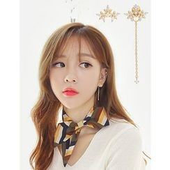 soo n soo - Rhinestone Asymmetric Earrings