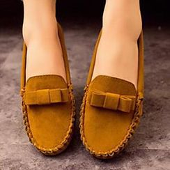 HOONA - Bow-Accent Moccasins