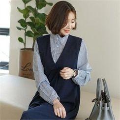 JOAMOM - Mock-Neck Striped Shirt