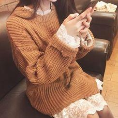 Moon City - Set: Long Sleeve Lace Dress + Chunky Long Sweater