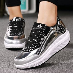 Sleeko - Printed Platform Sneakers