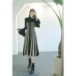 ATTYSTORY - Sleeveless Striped Flared Knit Dress