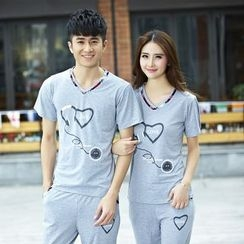 Lovebirds - Set: Couple V-Neck Printed T-Shirt + Shorts