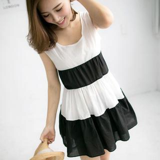 Tokyo Fashion - Color-Block Sleeveless Dress