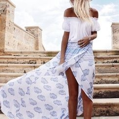 Hotprint - Off-shoulder Slit Dress