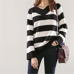 PEPER - V-Neck Striped Knit Top