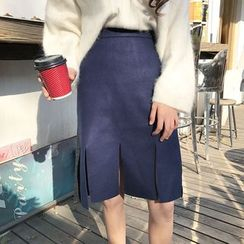 QZ Lady - Slit Knit Skirt