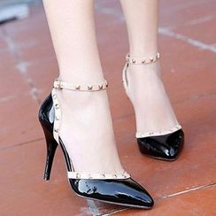 CITTA - Studded Pointy Pumps