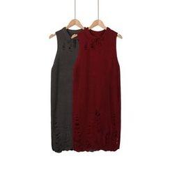 Momewear - Sleeveless Distressed Knit Dress