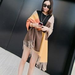 Cuteberry - Fringed Color-Block Scarf