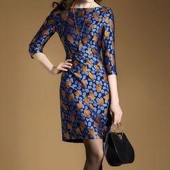 LunarS - Leaf Embroidered 3/4 Sleeve Dress