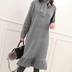 Tulander - Ruffle Hem Long Sleeve Midi Knit Dress