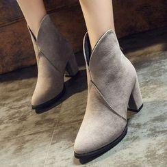 QQ Trend - 粗跟踝靴