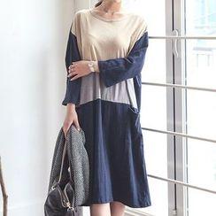 Fashion Street - Color Panel Long Sleeve T-Shirt Dress