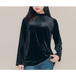 HOTPING - Turtle-Neck Velvet Top