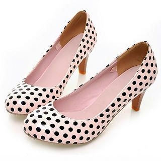 Dotted Pumps