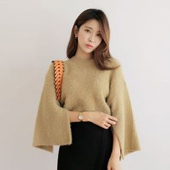 WITH IPUN - Slit-Side Furry Knit Sweater